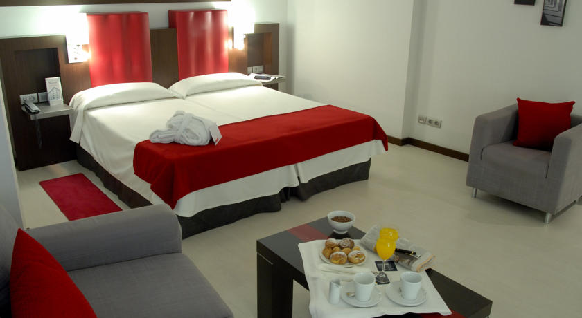 Hotel Ciutat de Girona - 1a8ff-13664698.jpg